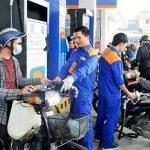 Bộ trưởng Bộ Công Thương: Xử lý nghiêm hành vi găm hàng xăng dầu chờ tăng giá